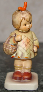 "Hummel Figurine #479 ""I Brought You a Gift"" Crown W/W.G. Initials Mark 4"" Tall"