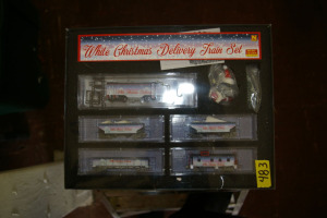 Christmas Delivery Train Set: Diesel Locomotive, 2 Hopper Cars, 2 Gondola Cars, Caboose