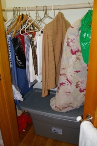 Contents of Closet - Clothing & Linen