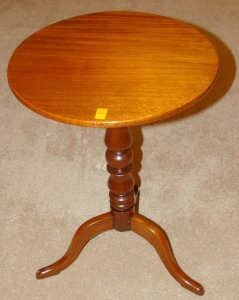 Cherry Tilt Top End Table