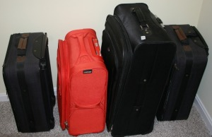 4 Pieces - Assorted Luggage
