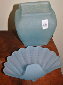2 Pieces Blue Satin Glass