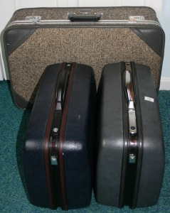 3 Pieces - Assorted Luggage